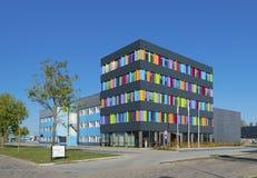 Edificio per uffici variopinto Immagine Stock Libera da Diritti