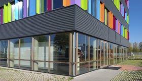 Edificio per uffici variopinto Immagini Stock