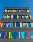 Edificio per uffici variopinto Fotografia Stock