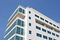 Edificio per uffici vetroso Fotografie Stock Libere da Diritti