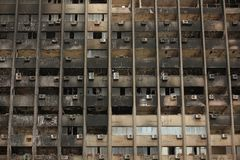 Edificio quemado. Fotografía de archivo