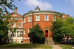 Edificio redondo de la universidad Fotografía de archivo libre de regalías