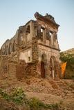 Edificio religioso de los desperdicios viejos Foto de archivo