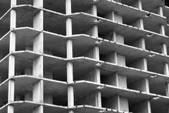 Edificio residencial de varios pisos bajo construcción Fotografía de archivo libre de regalías