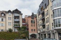 Edificio residencial en el centro de Vevey, Suiza Fotografía de archivo