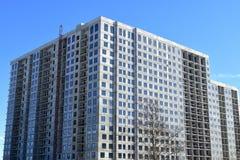 Edificio residenziale del pannello multipiano in costruzione Fotografie Stock