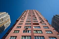 Edificio residenziale dell'alto appartamento moderno alto Fotografie Stock