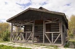 Edificio scolastico d'annata del ceppo Fotografia Stock Libera da Diritti
