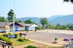 Edificio scolastico dei bambini alla campagna in Tailandia Fotografia Stock