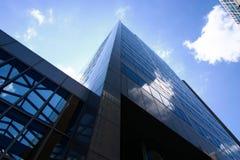 Edificio urbano en la visión inclinada Fotos de archivo libres de regalías