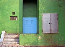 Edificio verde imagen de archivo