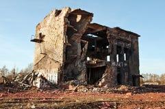Edificio viejo abandonado Imagenes de archivo