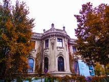 Edificio viejo colorido, fondo Foto de archivo libre de regalías