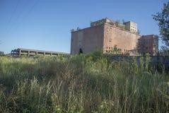 Edificio viejo de la fábrica Fotos de archivo libres de regalías