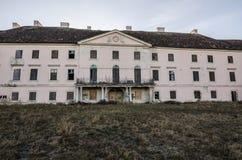 edificio viejo de un castillo Imagen de archivo libre de regalías