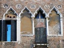 Edificio viejo de Venecia fotografía de archivo