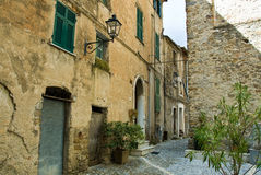Edificio viejo en ciudad de los Imperia foto de archivo