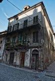 Edificio viejo en Ivrea Fotografía de archivo