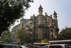Edificio viejo hermoso en una calle en Bombay vieja La India fotografía de archivo libre de regalías
