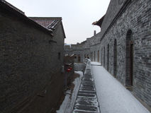 Edificio viejo renovado Imagen de archivo libre de regalías