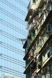 Edificio viejo y nuevo de Hong-Kong Imagen de archivo libre de regalías