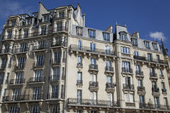 Edificio vivo tradicional, París Imagen de archivo libre de regalías