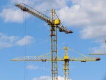 Edificios altos bajo construcción en curso. Fotos de archivo libres de regalías