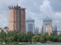 Edificios altos en Donetsk Imagen de archivo libre de regalías