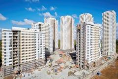 Edificios bajo construcción del complejo residencial Imagen de archivo libre de regalías