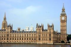 Edificios británicos del parlamento Imágenes de archivo libres de regalías