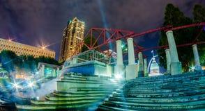 Edificios céntricos del horizonte de St. Louis en la noche Fotografía de archivo libre de regalías