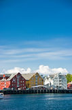 Edificios coloridos del puerto Fotografía de archivo libre de regalías