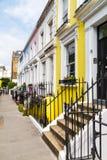 Edificios coloridos en Notting Hill Londres Imagenes de archivo