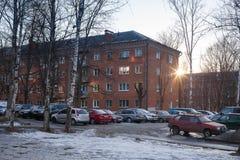 Edificios de apartamentos en Klin foto de archivo