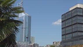 Edificios de centro financieros de Par?s con los rascacielos c?ntricos de la arquitectura moderna