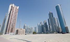Edificios de la bahía del negocio en Dubai, United Arab Emirates, Oriente Medio Imagen de archivo libre de regalías