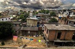 Edificios de la vecindad en el Amazonas Foto de archivo libre de regalías