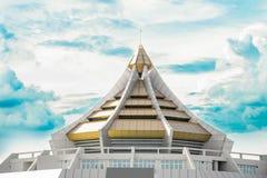 Edificios de las señales en Bangkok, Tailandia Foto de archivo libre de regalías