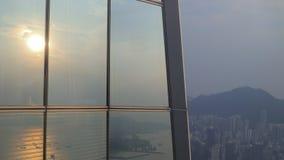 Edificios de oficinas altos en Hong-Kong almacen de video