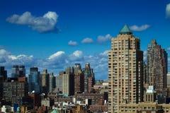 Edificios de oficinas de Manhattan Foto de archivo libre de regalías