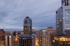 Edificios de oficinas en Seattle céntrica Imagenes de archivo