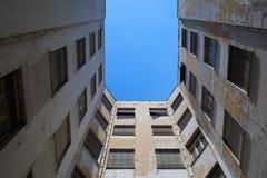 Edificios de oficinas viejos Imagenes de archivo