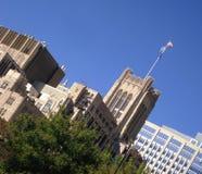 Edificios de oficinas viejos y nuevos Foto de archivo