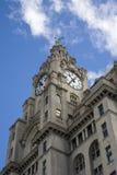Edificios del hígado, pista del embarcadero de Liverpool Foto de archivo