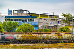 Edificios descuidados, ciudad de Daule, Ecuador Foto de archivo libre de regalías