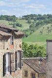 Edificios en Cordes-sur-Ciel, Francia Foto de archivo libre de regalías