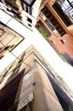 Edificios en cuarto gótico en Barcelona, España Fotos de archivo