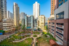 Edificios en el área de Yau Ma Tei en Kowloon, Hong Kong fotos de archivo