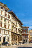 Edificios en el centro de ciudad de Roma Imagen de archivo