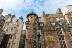 Edificios en señora Stairs Close en Edimburgo Fotos de archivo libres de regalías